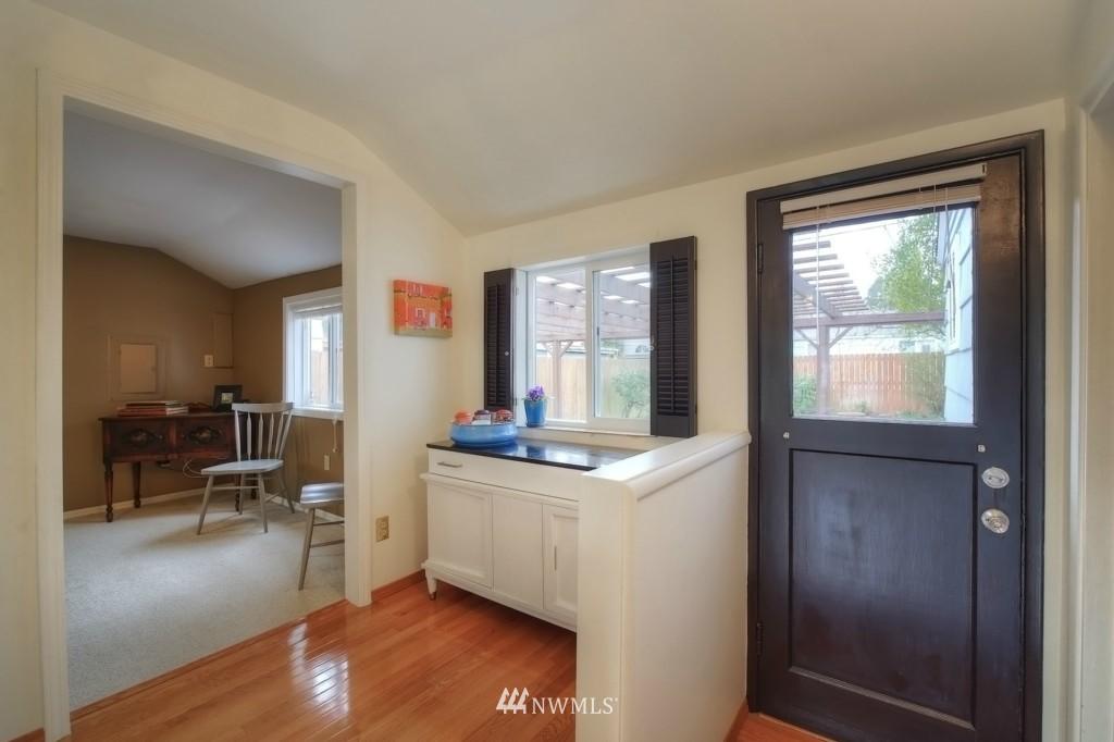 Sold Property | 13519 16th Avenue NE Seattle, WA 98125 16