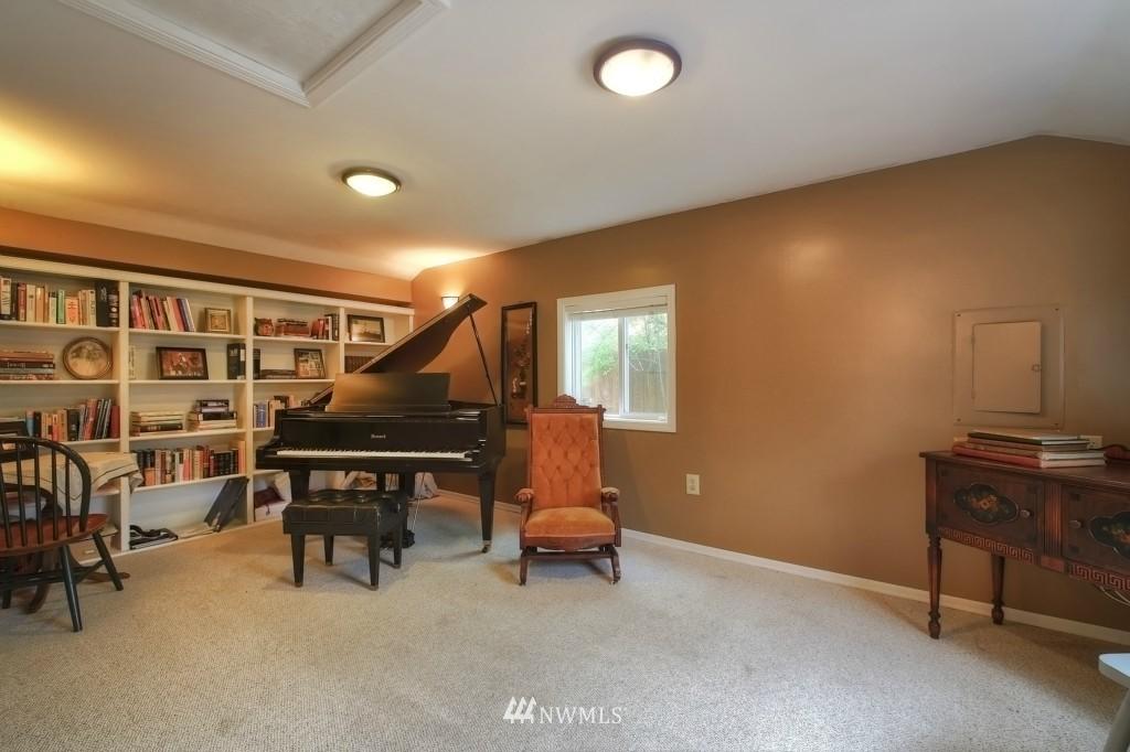 Sold Property | 13519 16th Avenue NE Seattle, WA 98125 17