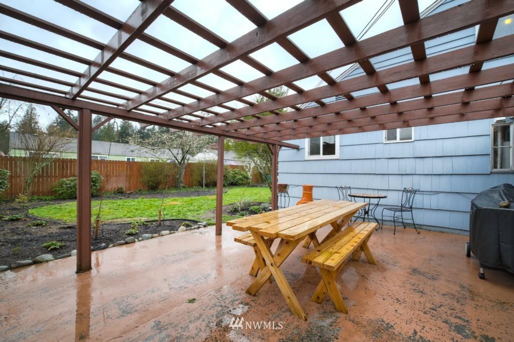 Sold Property | 13519 16th Avenue NE Seattle, WA 98125 19