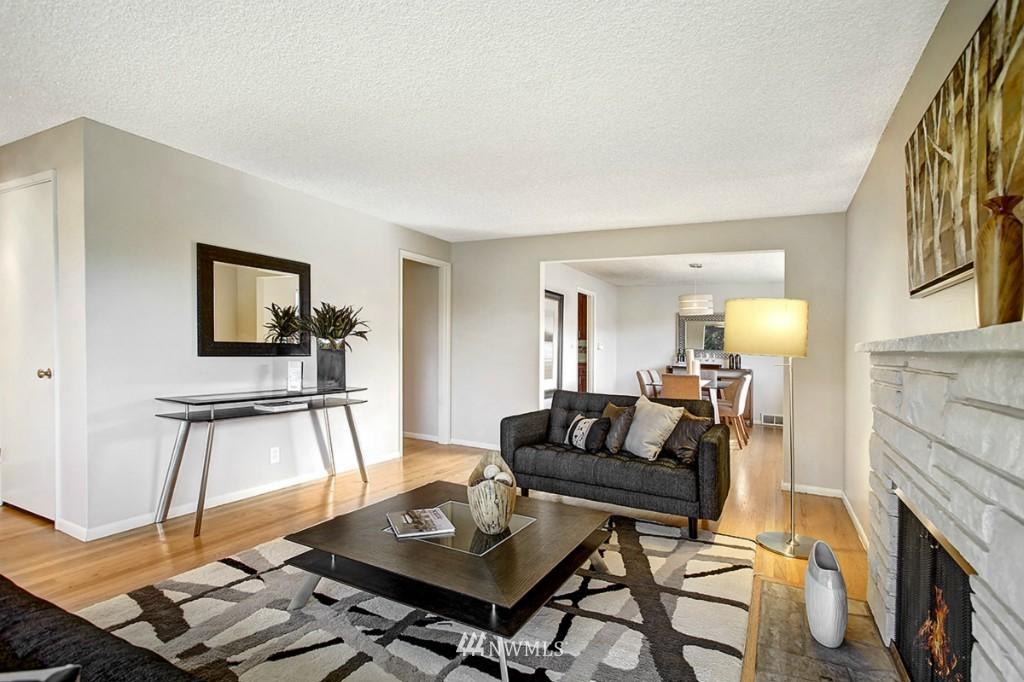 Sold Property   3111 W Barrett Street Seattle, WA 98199 2