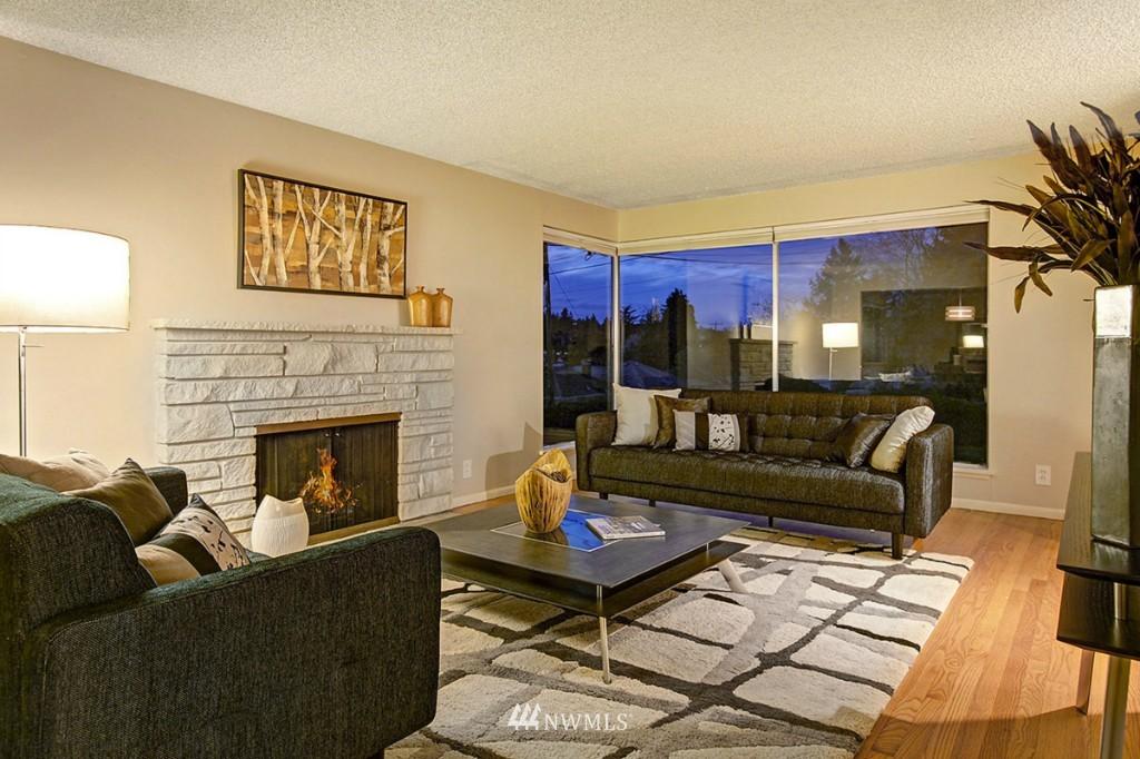 Sold Property   3111 W Barrett Street Seattle, WA 98199 3