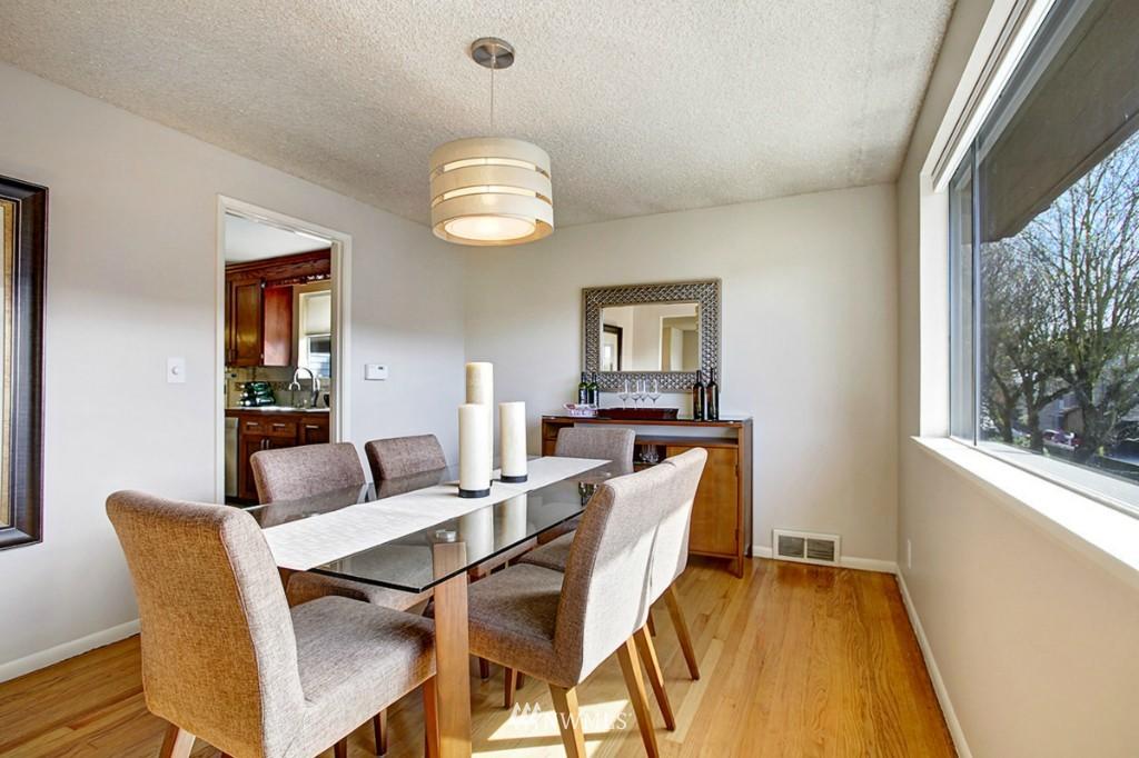 Sold Property   3111 W Barrett Street Seattle, WA 98199 4
