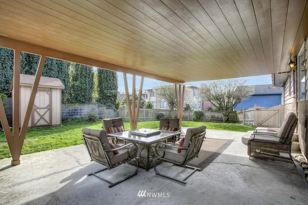 Sold Property   3111 W Barrett Street Seattle, WA 98199 10
