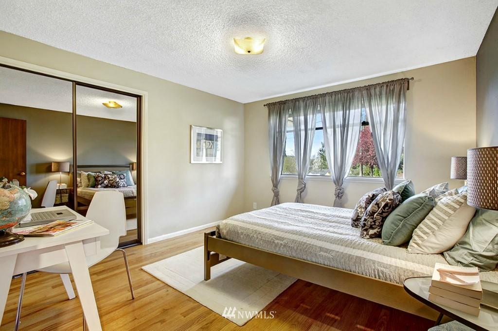 Sold Property   3111 W Barrett Street Seattle, WA 98199 14