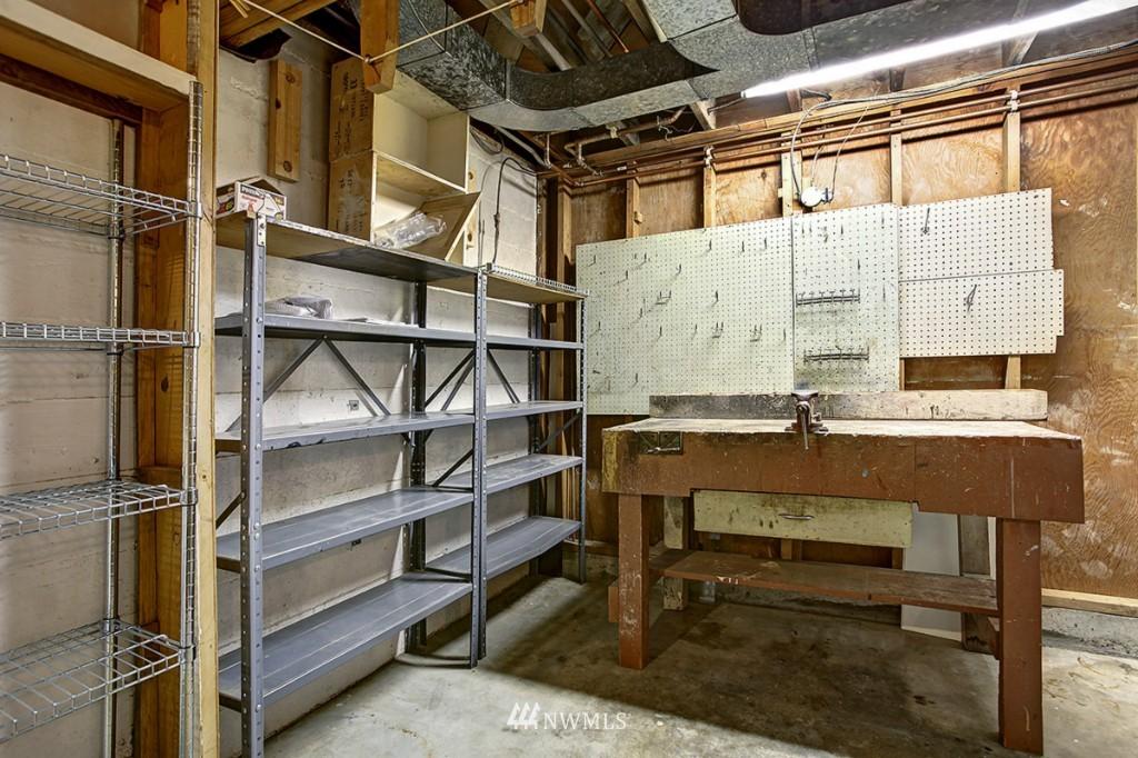 Sold Property   3111 W Barrett Street Seattle, WA 98199 23