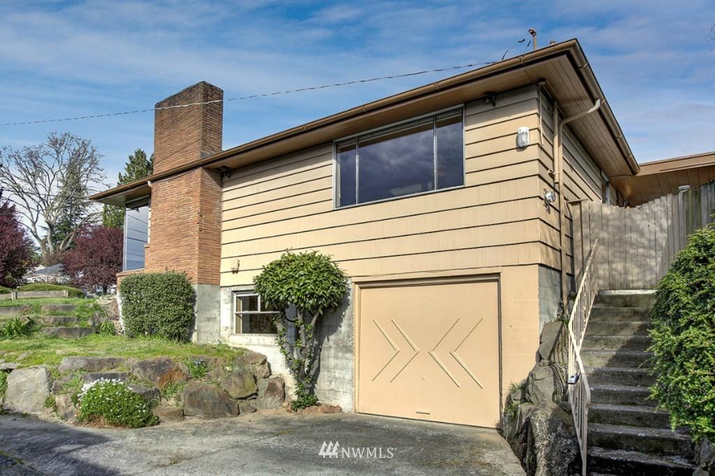Sold Property   3111 W Barrett Street Seattle, WA 98199 24