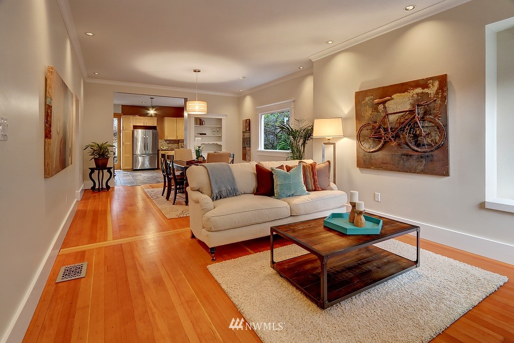 Sold Property | 304 NW 46th Street Seattle, WA 98107 2