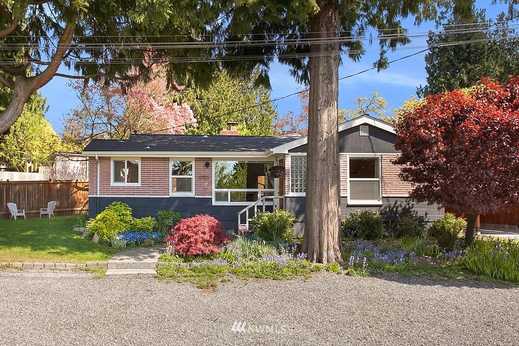 Sold Property | 11750 Bartlett Avenue NE Seattle, WA 98125 22