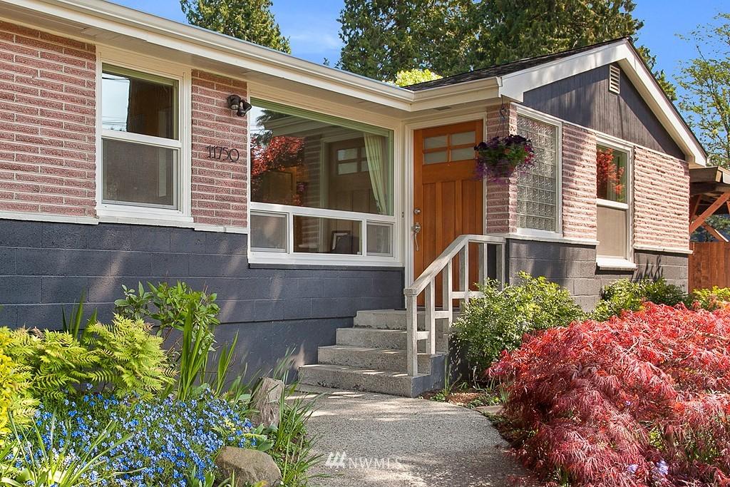 Sold Property | 11750 Bartlett Avenue NE Seattle, WA 98125 1