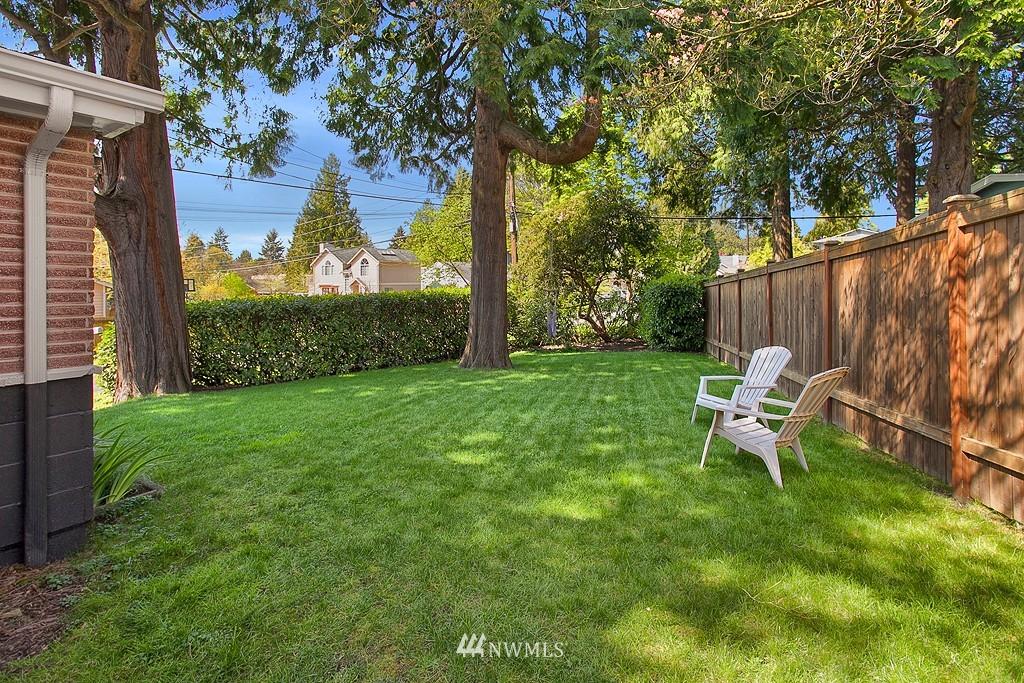 Sold Property | 11750 Bartlett Avenue NE Seattle, WA 98125 18