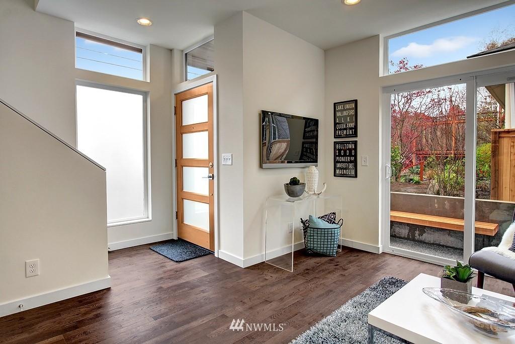 Sold Property | 1914 10th Avenue W Seattle, WA 98119 1