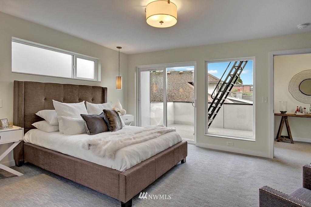 Sold Property | 1914 10th Avenue W Seattle, WA 98119 15