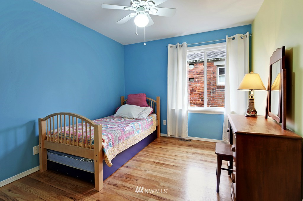 Sold Property   8322 22nd Avenue NW Seattle, WA 98117 7
