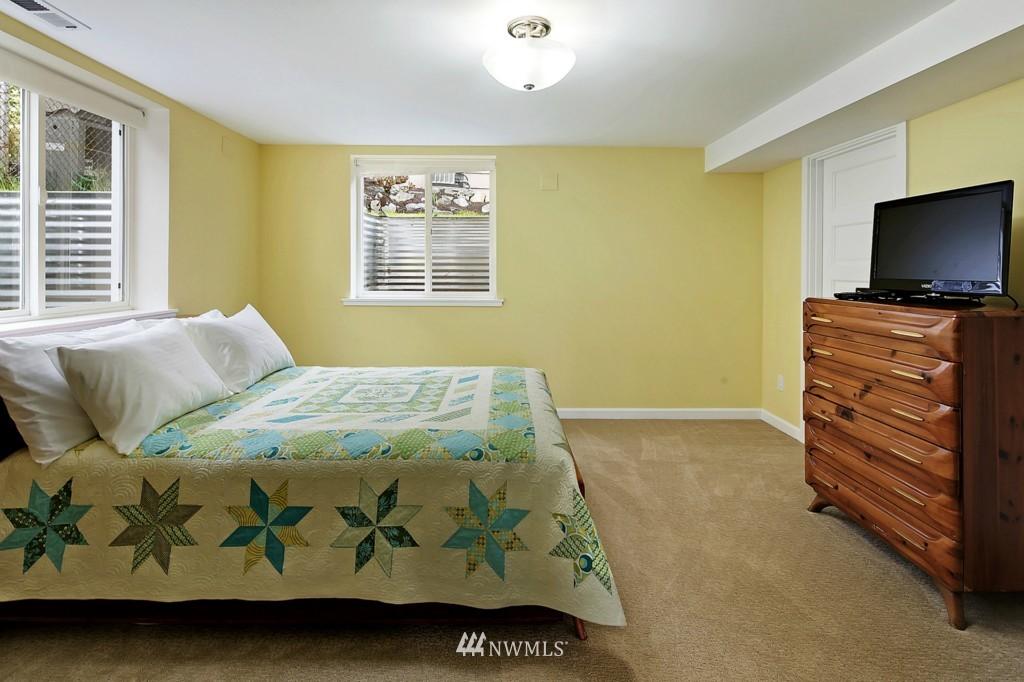 Sold Property   8322 22nd Avenue NW Seattle, WA 98117 12