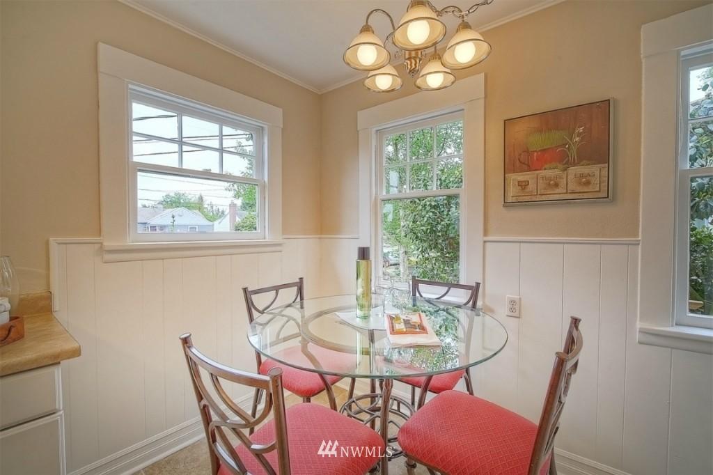 Sold Property | 12026 Dayton Avenue N Seattle, WA 98133 7