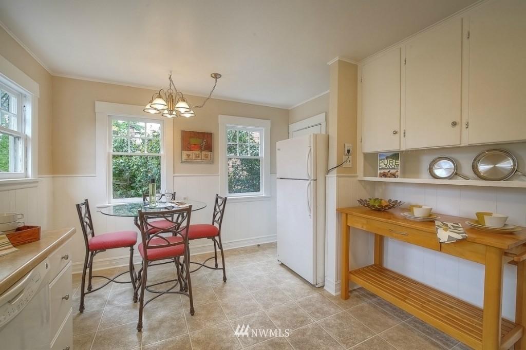 Sold Property | 12026 Dayton Avenue N Seattle, WA 98133 6