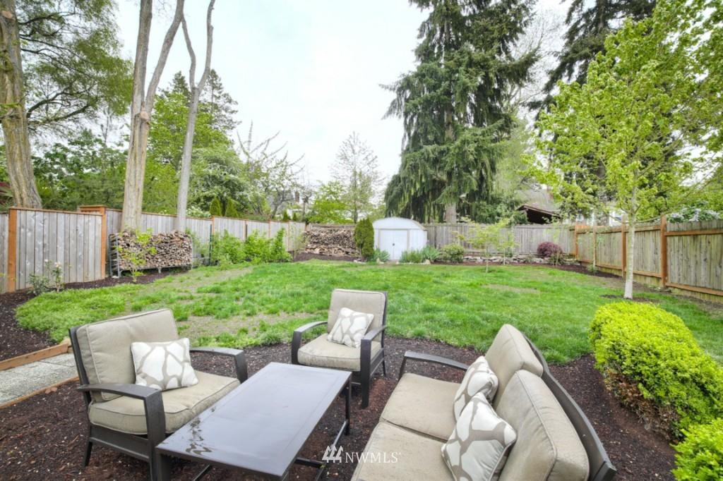 Sold Property | 12026 Dayton Avenue N Seattle, WA 98133 17