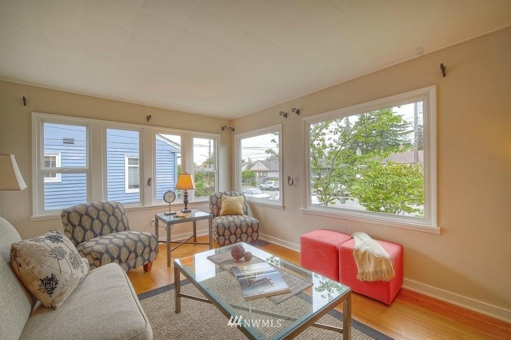 Sold Property | 12026 Dayton Avenue N Seattle, WA 98133 2