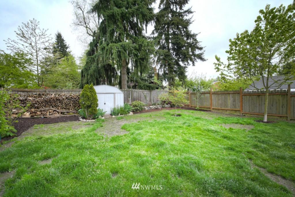 Sold Property | 12026 Dayton Avenue N Seattle, WA 98133 16