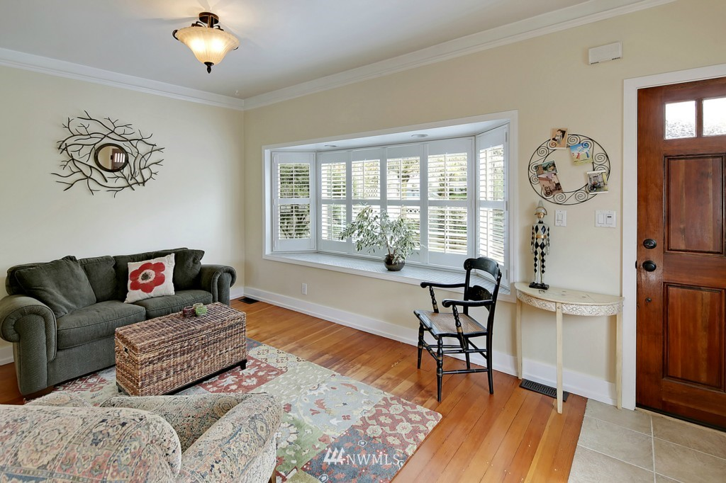 Sold Property   6747 11th Avenue NW Seattle, WA 98117 2