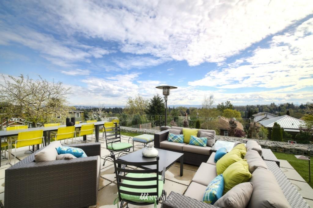Sold Property | 2414 E Helen Street Seattle, WA 98112 1
