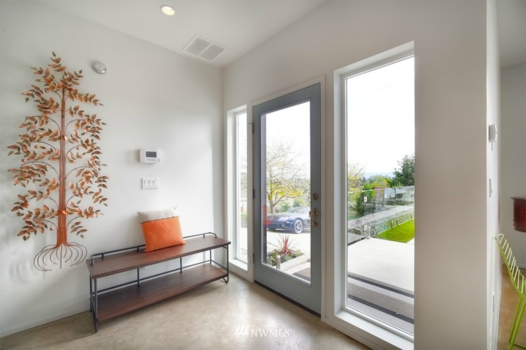 Sold Property | 2414 E Helen Street Seattle, WA 98112 2