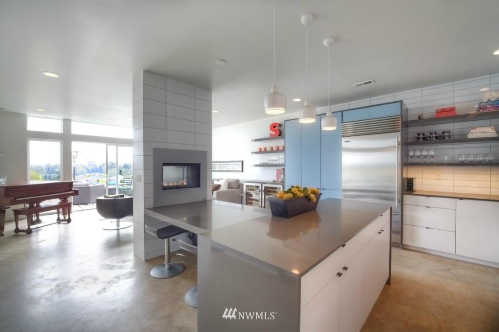 Sold Property | 2414 E Helen Street Seattle, WA 98112 4
