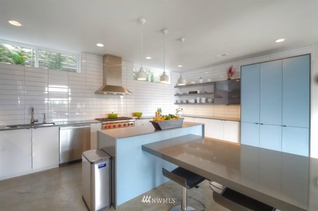 Sold Property | 2414 E Helen Street Seattle, WA 98112 6