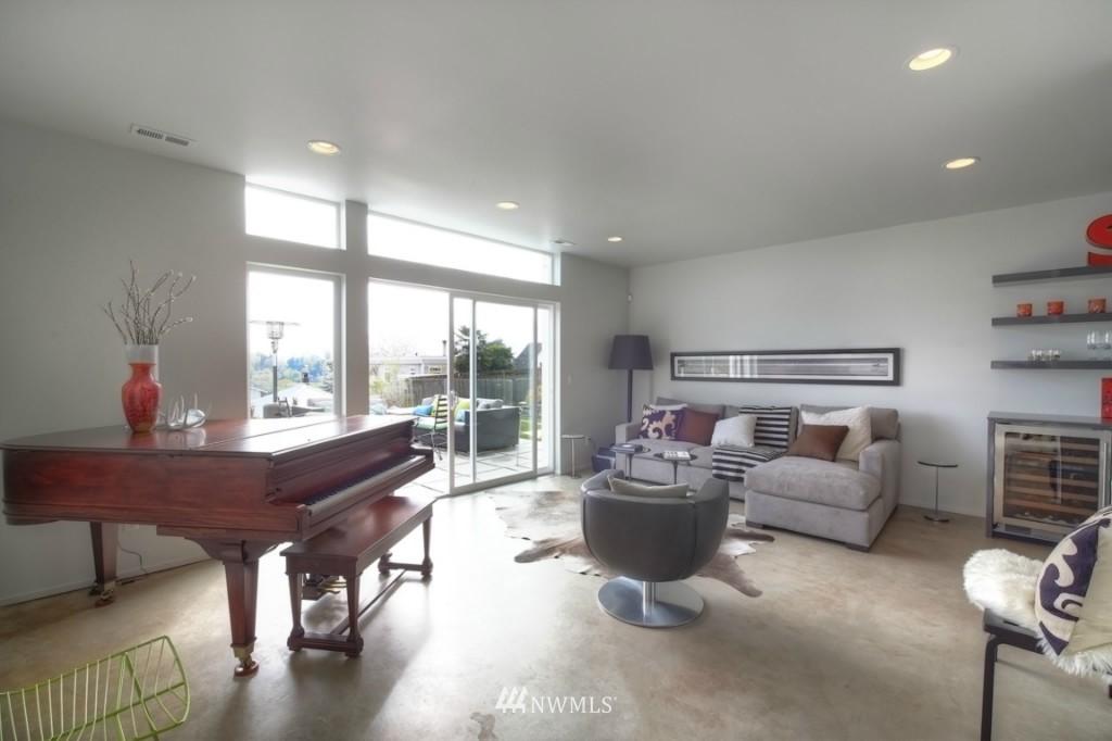 Sold Property | 2414 E Helen Street Seattle, WA 98112 7