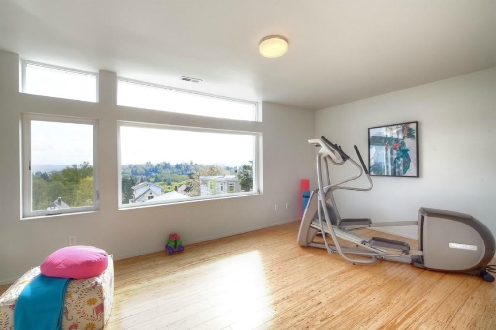 Sold Property | 2414 E Helen Street Seattle, WA 98112 12