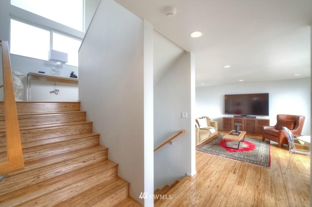 Sold Property | 2414 E Helen Street Seattle, WA 98112 16