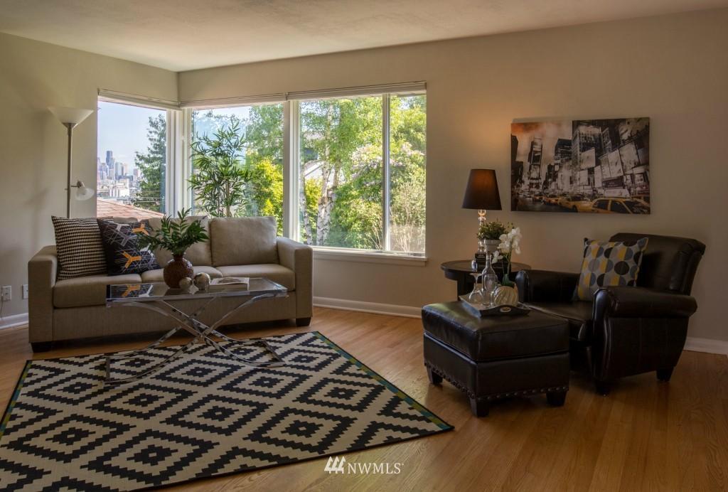 Sold Property | 2615 W Crockett Street Seattle, WA 98199 4