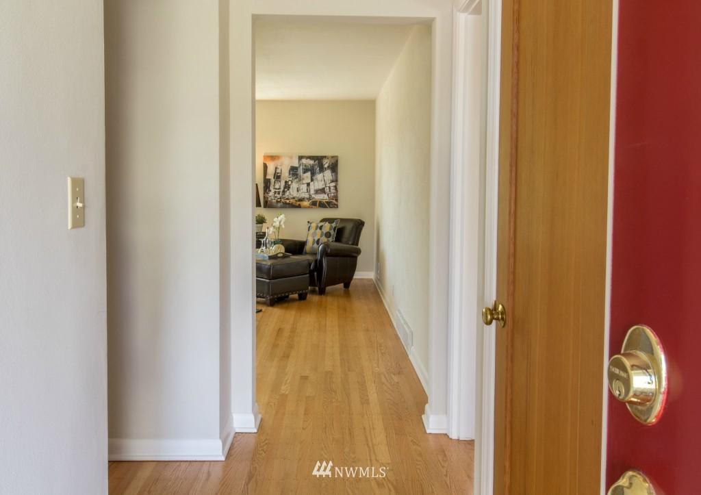 Sold Property | 2615 W Crockett Street Seattle, WA 98199 2