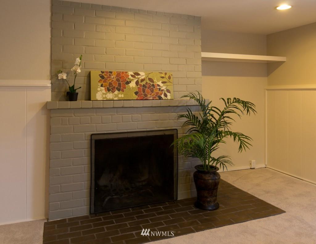 Sold Property | 2615 W Crockett Street Seattle, WA 98199 16