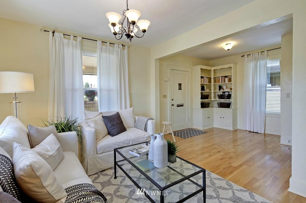 Sold Property | 8310 Dayton Avenue N Seattle, WA 98103 1