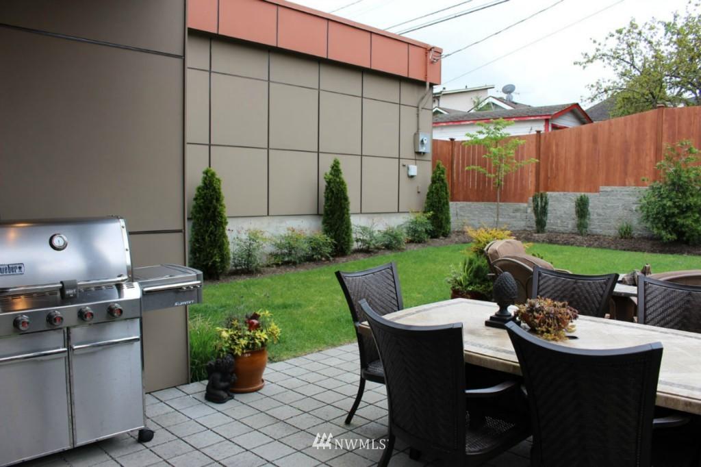 Sold Property | 211 NE 65th Street Seattle, WA 98115 19