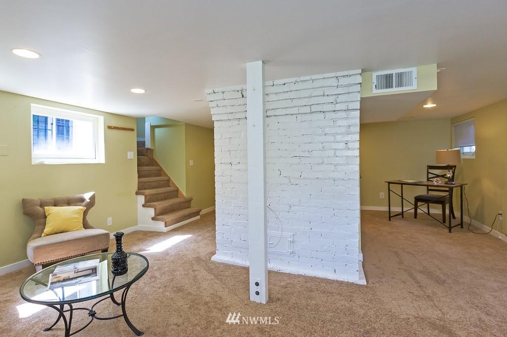 Sold Property   140 NE 63rd Street Seattle, WA 98115 14