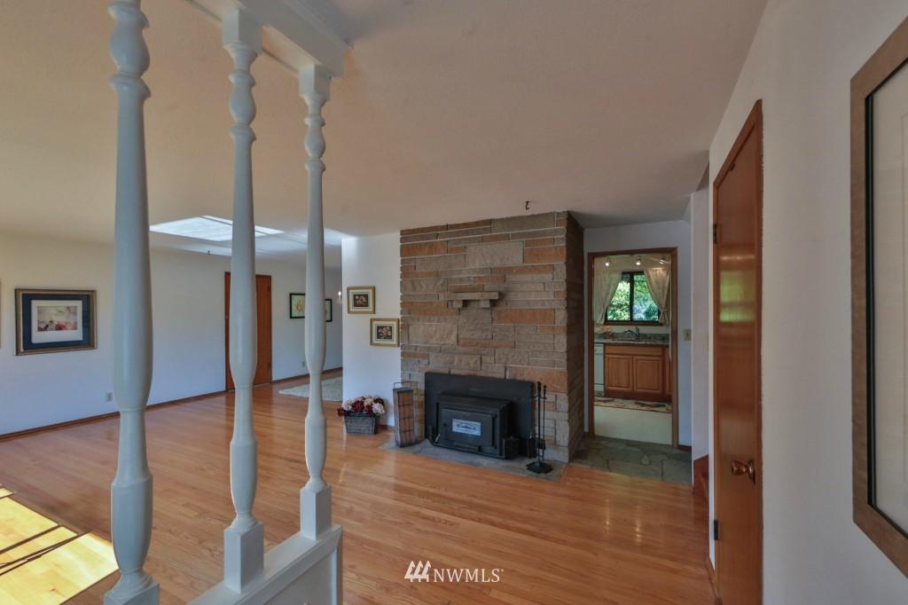 Sold Property   15524 Bagley Place N Shoreline, WA 98133 3