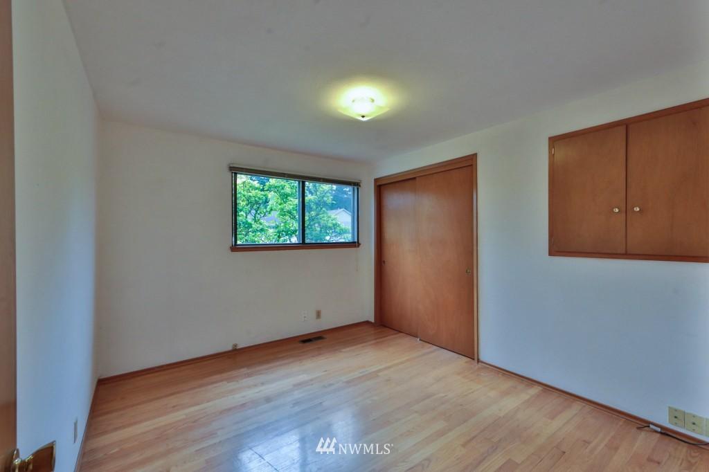 Sold Property   15524 Bagley Place N Shoreline, WA 98133 11
