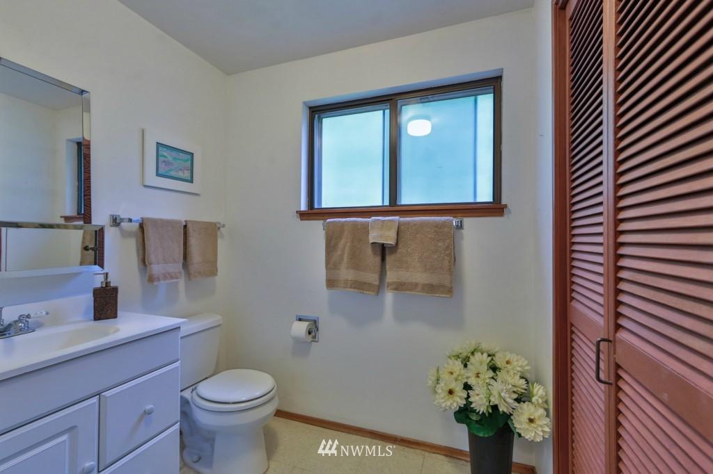 Sold Property   15524 Bagley Place N Shoreline, WA 98133 14