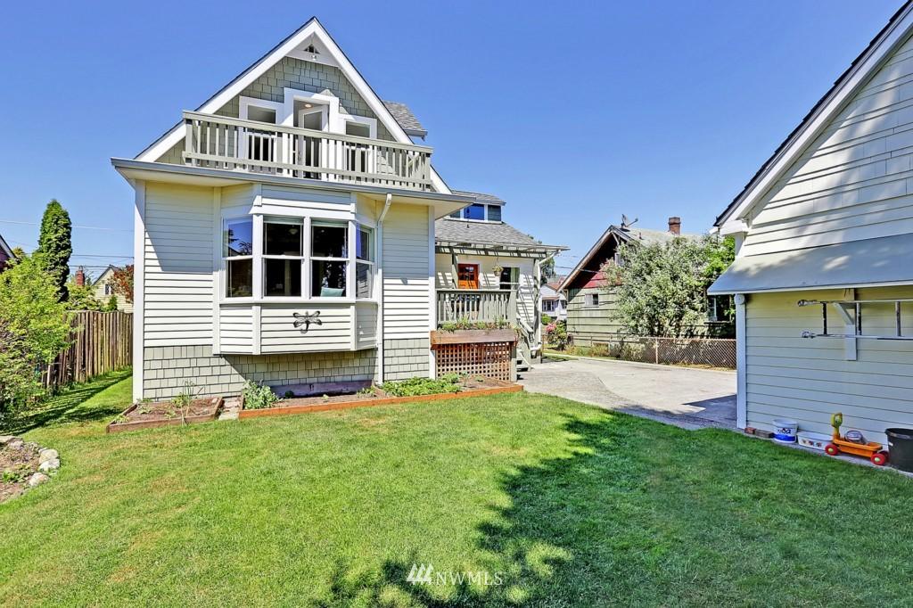 Sold Property | 337 NW 78 Street Seattle, WA 98117 2