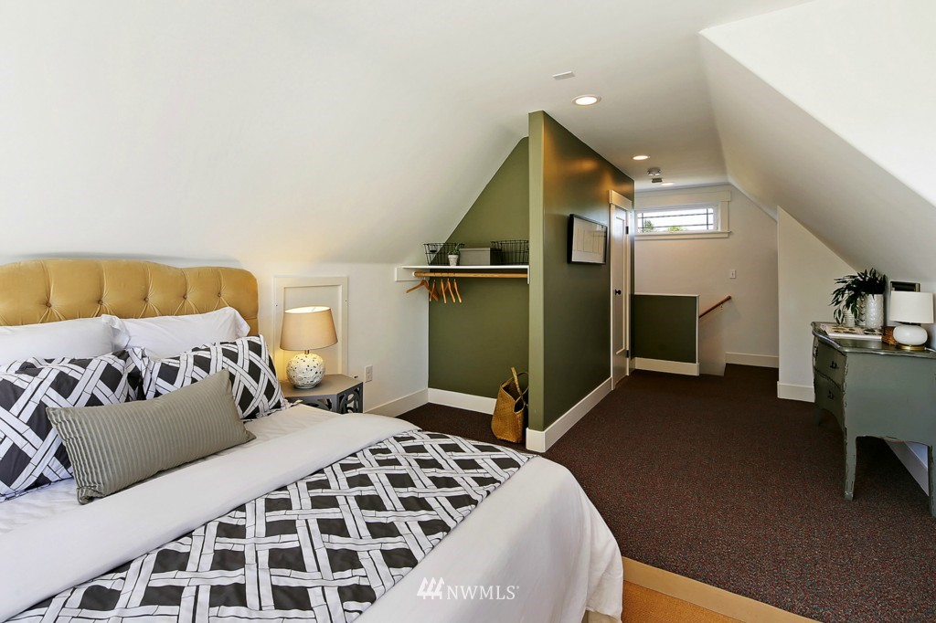 Sold Property | 337 NW 78 Street Seattle, WA 98117 16
