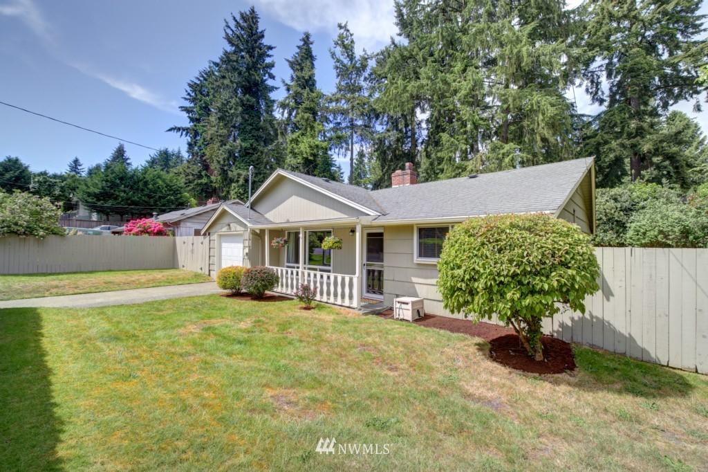 Sold Property | 1008 NE 126th Seattle, WA 98125 1