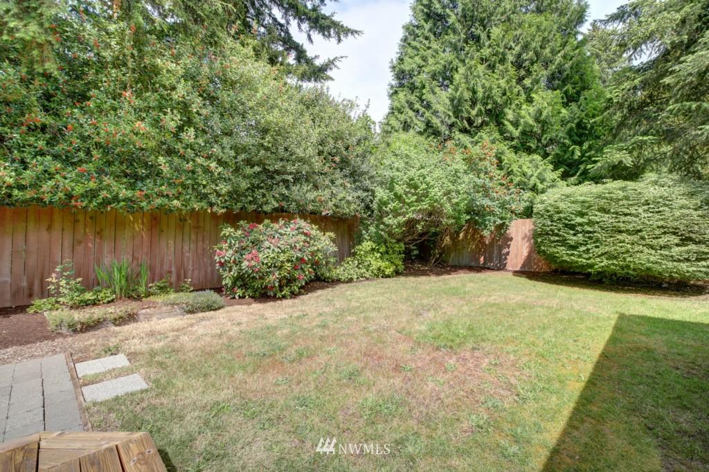 Sold Property | 1008 NE 126th Seattle, WA 98125 3