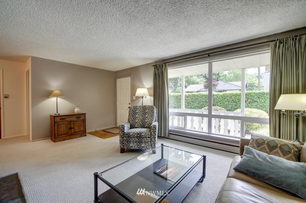 Sold Property | 1008 NE 126th Seattle, WA 98125 4