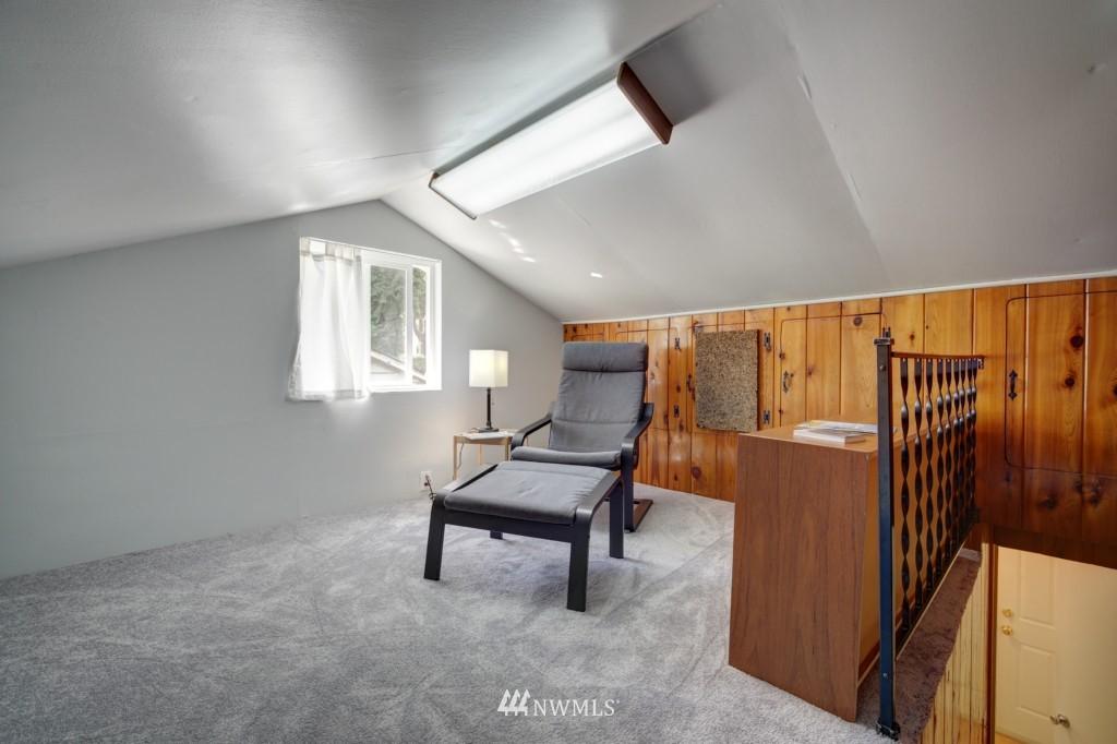 Sold Property | 1008 NE 126th Seattle, WA 98125 16