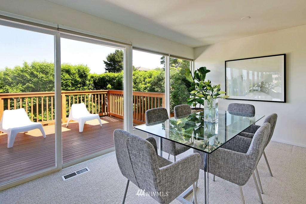 Sold Property   3242 25th Avenue W Seattle, WA 98199 7