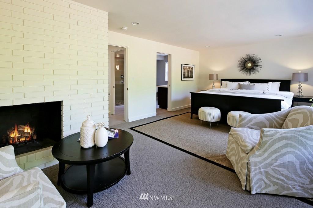 Sold Property   3242 25th Avenue W Seattle, WA 98199 11