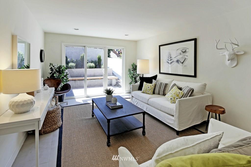 Sold Property   3242 25th Avenue W Seattle, WA 98199 19
