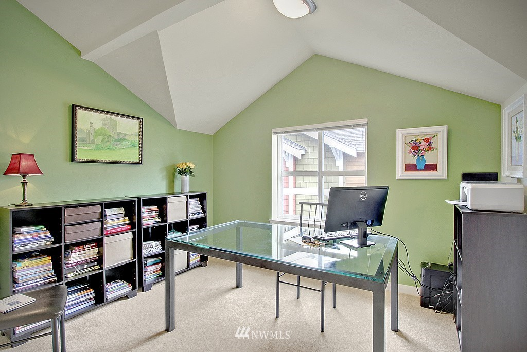 Sold Property | 3635 Wallingford Avenue N #A Seattle, WA 98103 9
